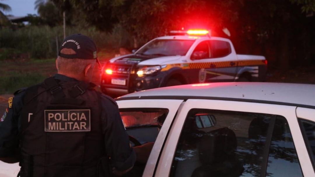 Homem esfaqueado no braço pela esposa passa por cirurgia em Campo Grande