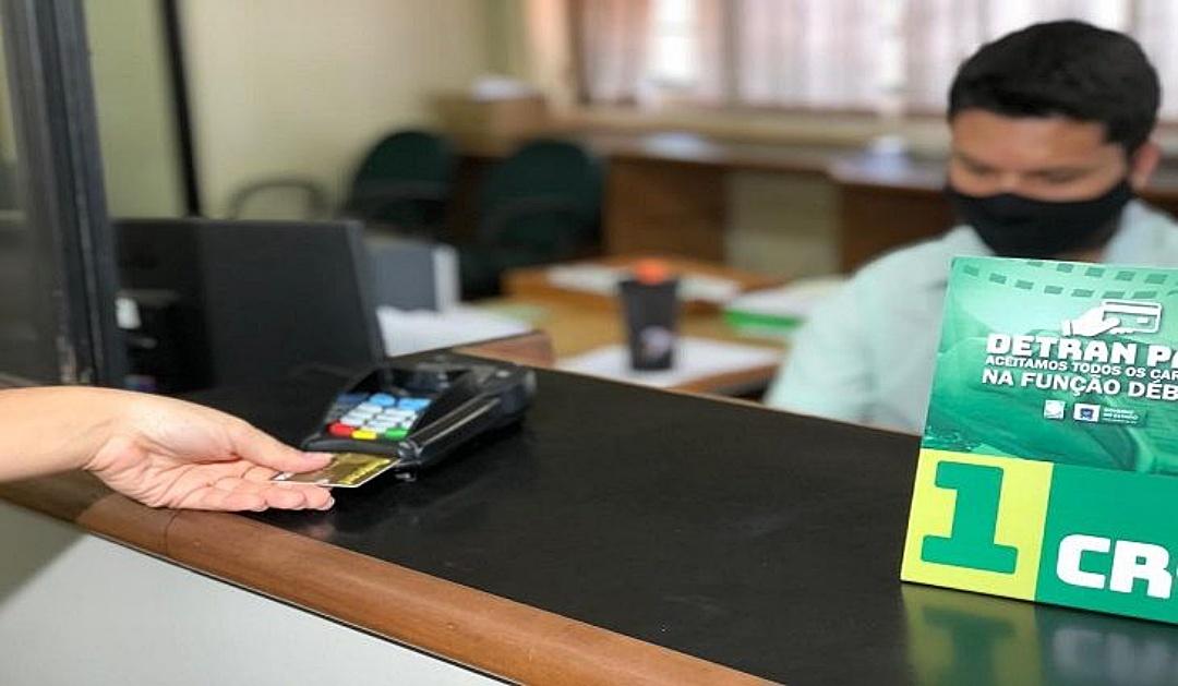 Detran já pode receber guias com cartão de débito