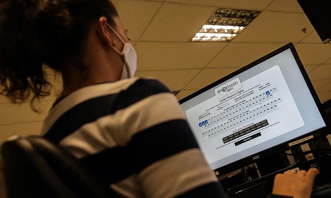 Governo divulga datas para pedir isenção de taxa de inscrição