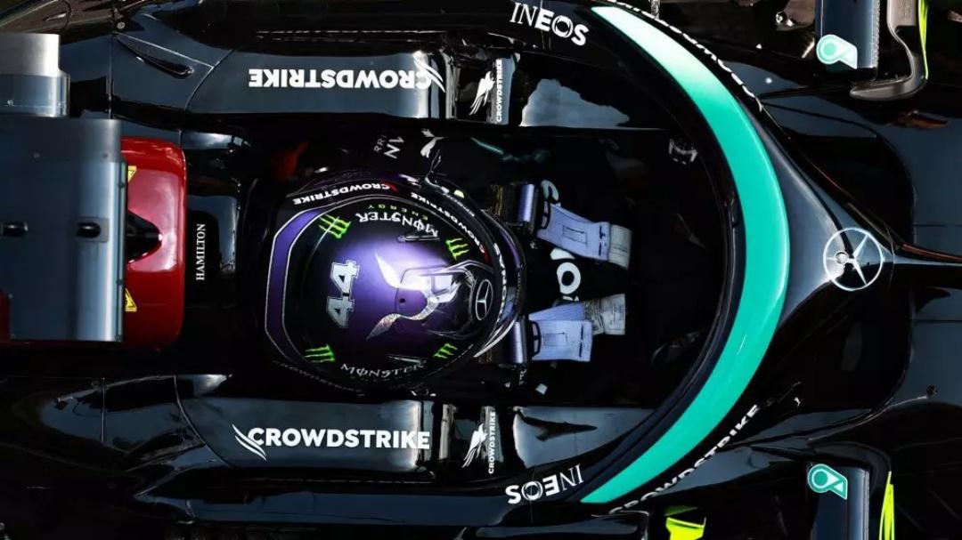 Lewis Hamilton atinge 100ª pole e larga na frente no GP da Espanha