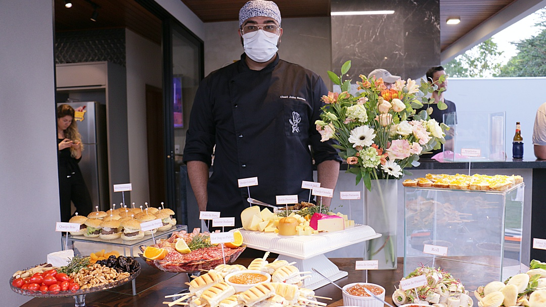 Festas e Eventos ganham cardápio assinado pelo chef John Kenner em Sidrolândia