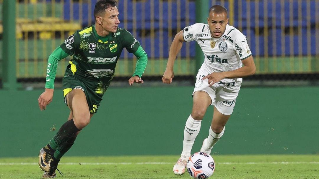 Palmeiras recebe Defensa de olho na liderança geral da Libertadores