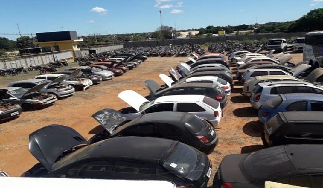 Detran-MS realiza leilões com veículos para circulação e desmontagem