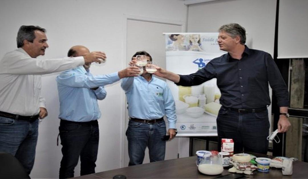 Semana do Leite arrecada 8.858 litros de leite para doação a instituições beneficentes de MS