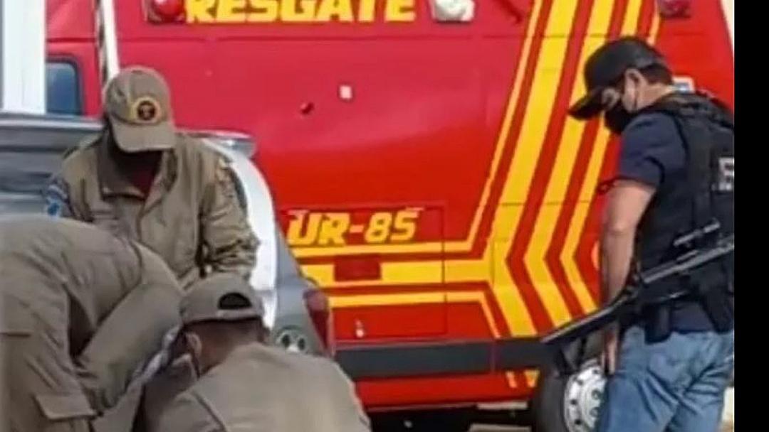 Traficante recebe policiais civis a tiros em hotel na fronteira e acaba baleado