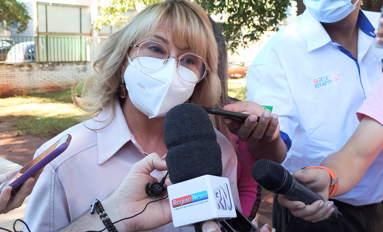 Prefeita decide contrariar decreto de Reinaldo e não vai adotar lockdown