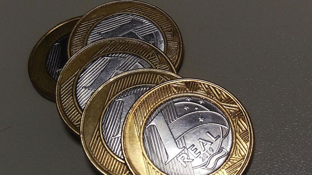Copom: Inflação persiste, mas economia evolui mais que o esperado