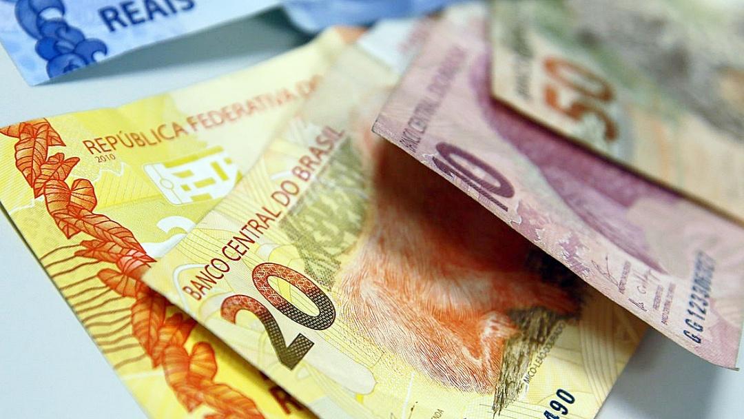 Crédito concedido por bancos deve crescer 11,1% este ano, estima BC