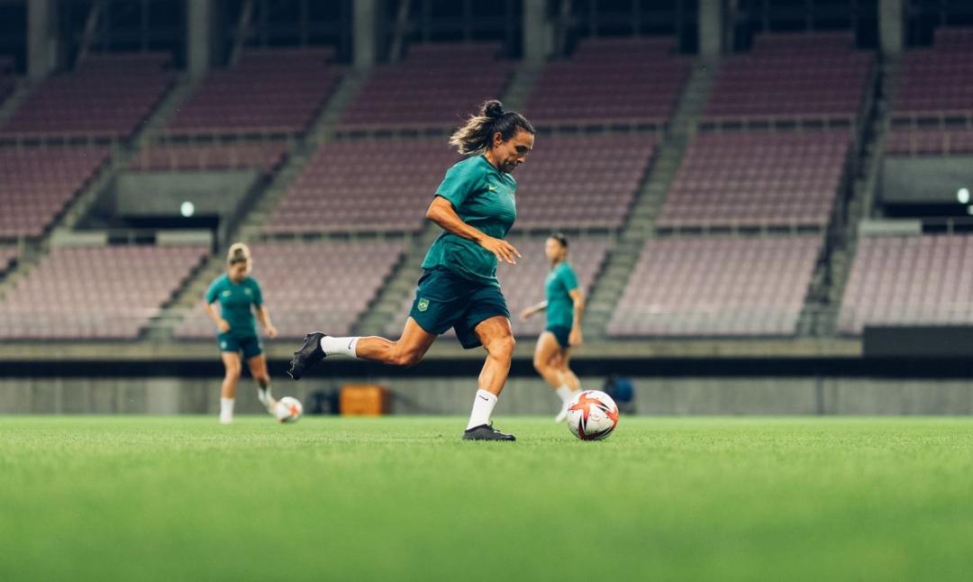 Seleção feminina enfrenta Holanda neste sábado na Olimpíada