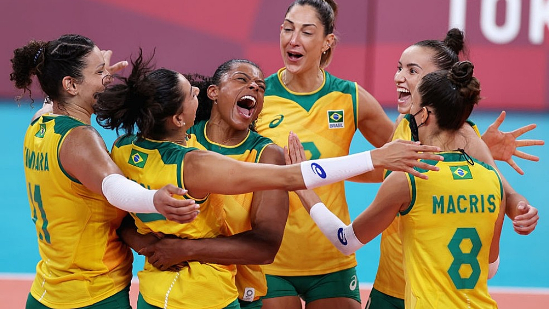 Brasil sofre, mas vence a República Dominicana no tie-break pelo vôlei feminino