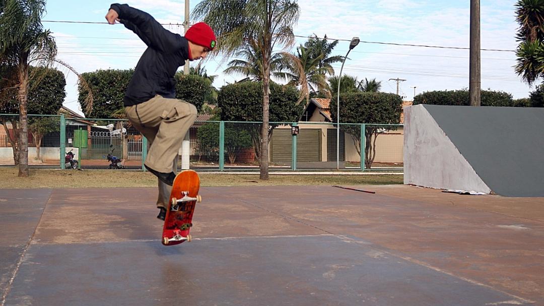 Prefeitura inicia pela pista de skate a revitalização do Complexo Brizolão