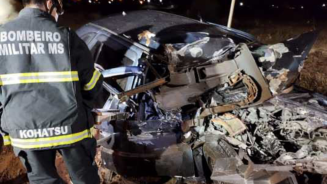 Passageira que morreu em grave acidente na BR-262 era jovem de 19 anos