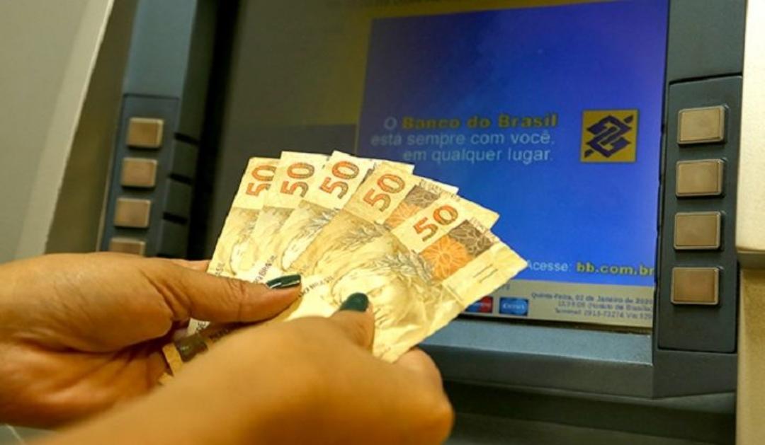 Governo deposita folha de julho nesta sexta e injeta R$ 408 milhões na economia