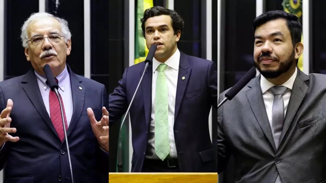 Três deputados de MS votam a favor de privatização dos Correios