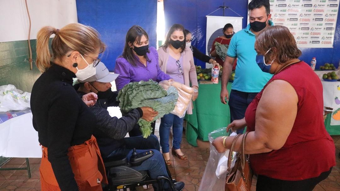 Prefeitura entrega alimentos da Agricultura para mais 50 famílias