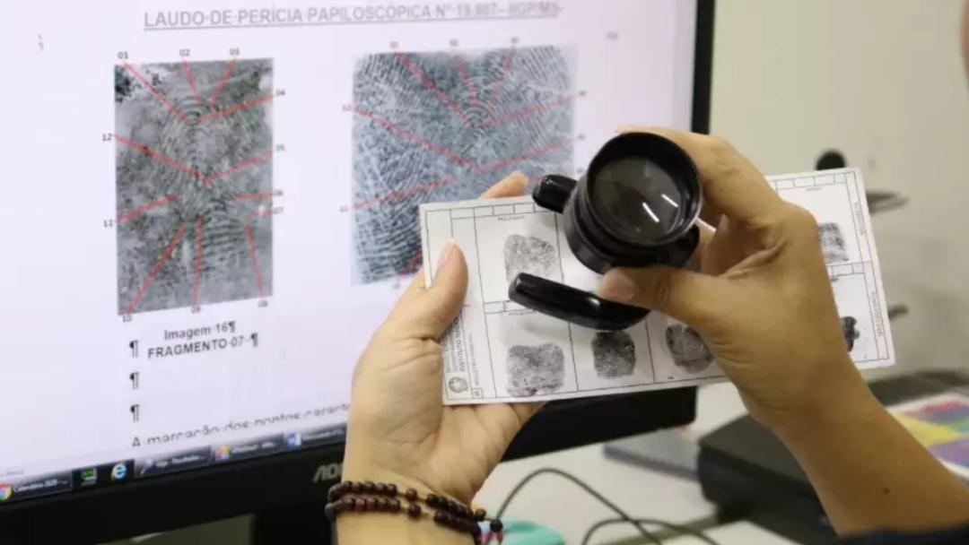 Condenados terão amostras de DNA e digitais coletadas para solucionar crimes