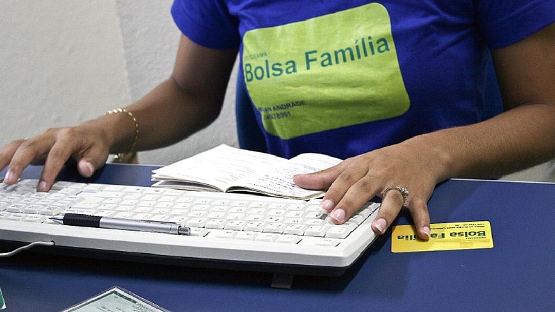 Beneficiários do Bolsa começam a receber 6ª parcela do auxílio