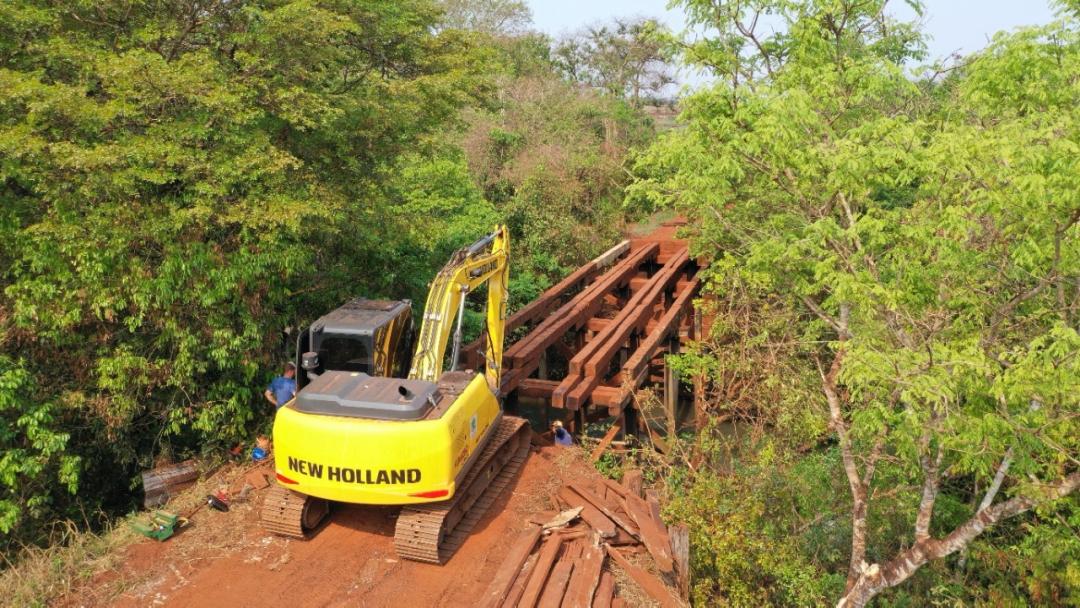 Prefeitura reconstrói ponte na divisa de Sidrolândia com Rio Brilhante