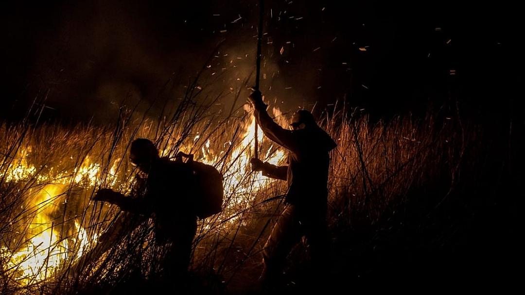 Combate aos incêndios no Pantanal mobiliza 510 homens e seis aeronaves