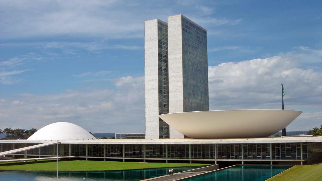44% dos brasileiros reprovam desempenho do Congresso