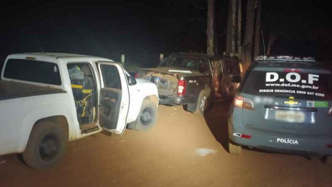 Camionetes furtadas são apreendidas em MS com mais de 2 toneladas de maconha